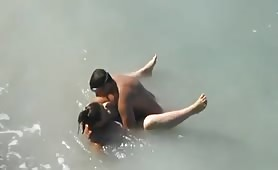 BBW banged in the sea