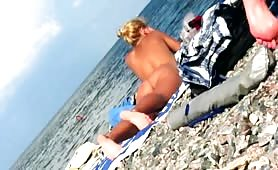 Naked girls caught by beach voyeur